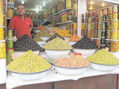 Рынок в Рабате. Оливки на любой вкус и цвет